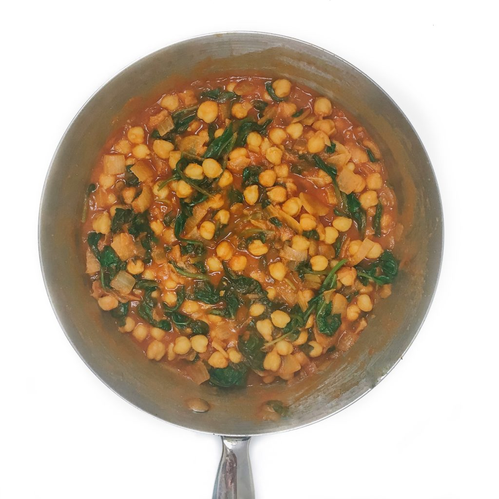 10 Healthy Dinner Recipes Using 6-Ingredients or Less - Curried Chickpeas with Spinach