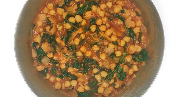 Recipe Review – Curried Chickpeas with Spinach