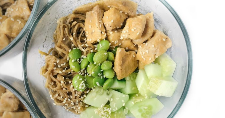 Recipe Review – Sesame Noodle Meal Prep Bowls