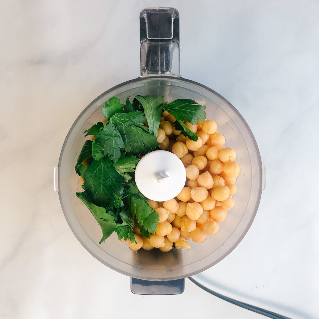 chickpeas and parsley in a food processor