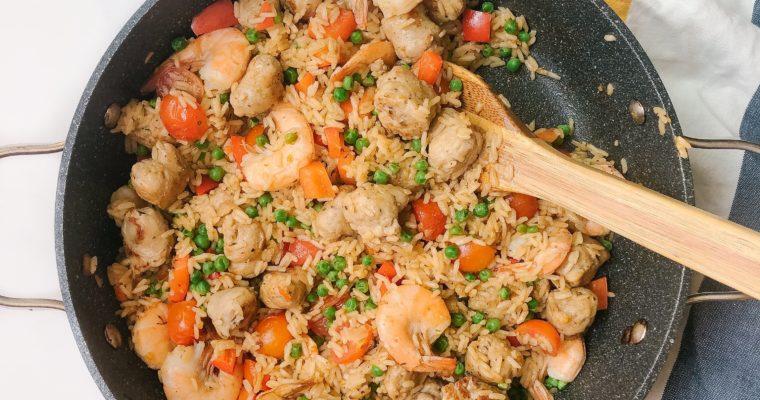 Healthy Cajun Shrimp and Rice (One Pot Recipe)